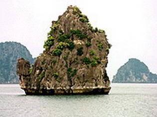 warm islet - Halong Bay