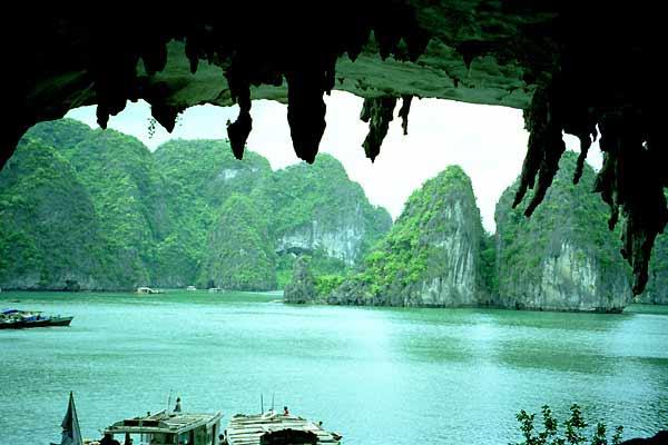 Bo Nau Cave - Oriental Sails Halong Cruise