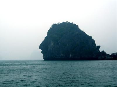 Dau Nguoi Islet-Halong Bay