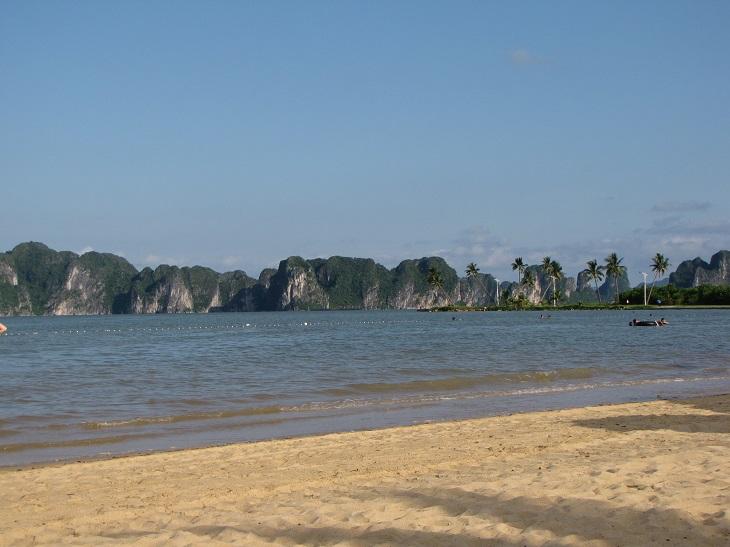 ngoc vung beach