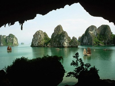 Trinh Nu Cave - Overviews