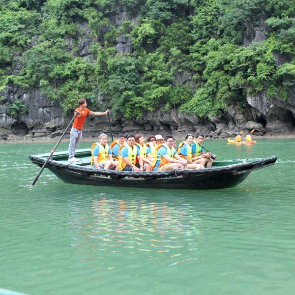Bamboo-rowing-boat-HaLong-Bay-Cruise
