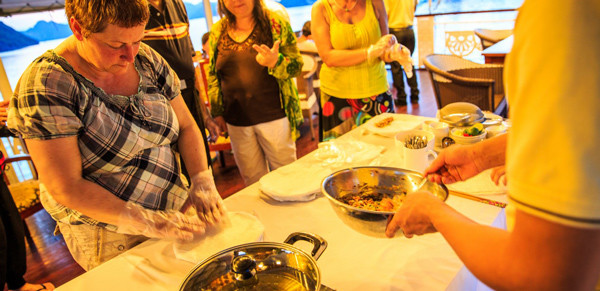cooking-class-on-halong-bay-cruise