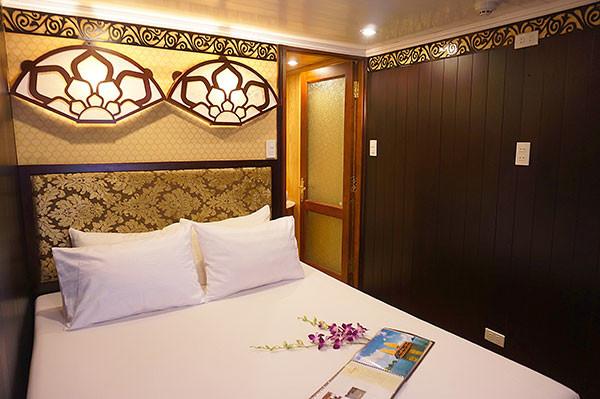 cabin-orientalsails2