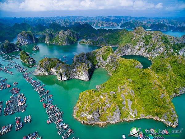 Ha Long Bay is a world-famous natural wonder. Photo: internet