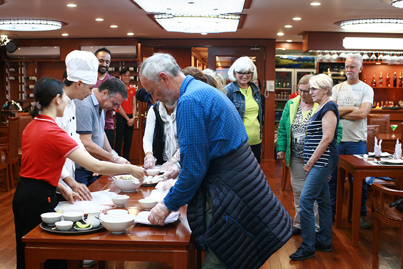 cooking-class-on-calypso-cruise3