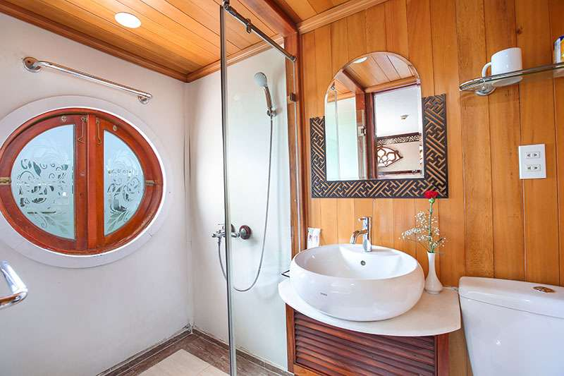 Bathroom Oriental Sails
